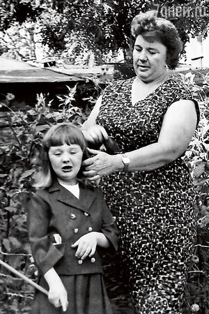 Дочь Гурченко Маша с бабушкой