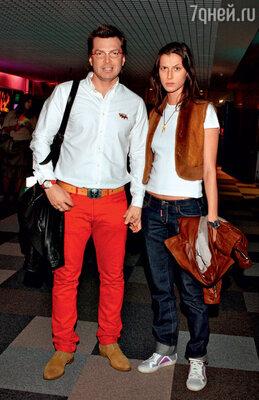 С бывшей женой Валерией Снопковой