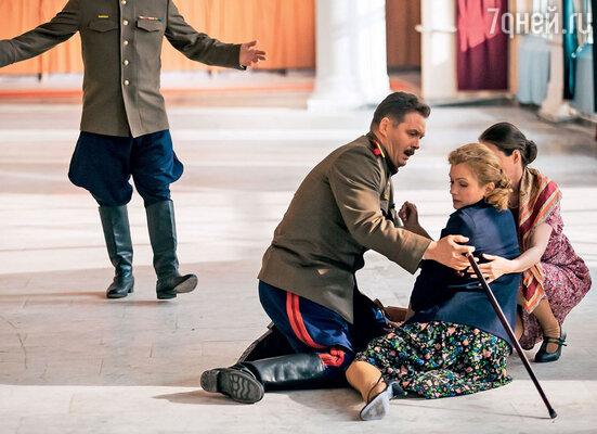 Константин Милованов иМария Порошина сыграли родителей Нади