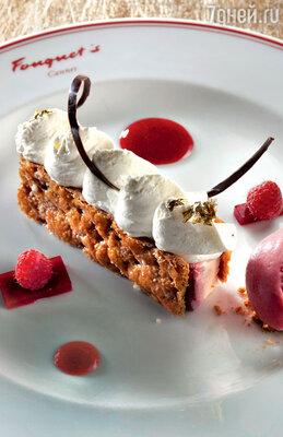 Брэд Питт предпочитает изысканный десерт с истинно французским названием «мильфей»