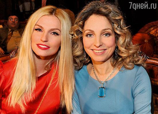 Саша Савельева с Катериной фон Гечмен-Вальдек