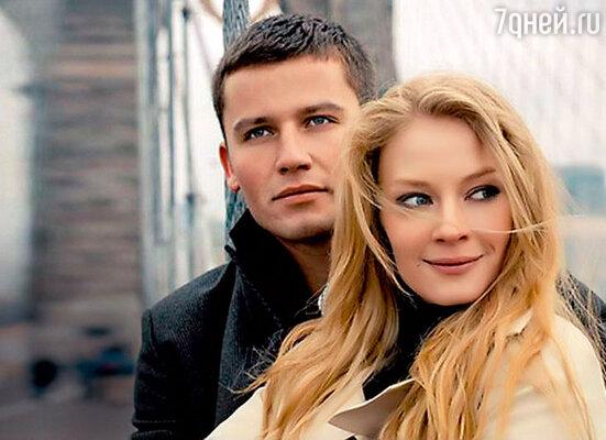 В жизни Светланы Ходченковой судьбоносную роль сыграла ее лучшая подруга — именно она познакомила актрису сбизнесменом Георгием Петришиным