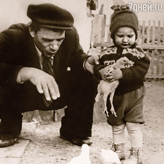 Яков Самойлович Урбанский с внучкой Аленой