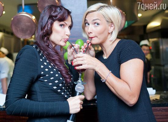 Эвелина Бледанс и Юлия Костюшкина