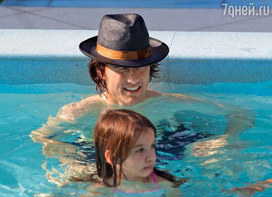 С младшей дочкой Сури наотдыхе в Майами