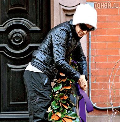 Сара Джессика Паркер украшает двери своего дома