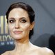 Анджелина Джоли лечится от стресса шопингом