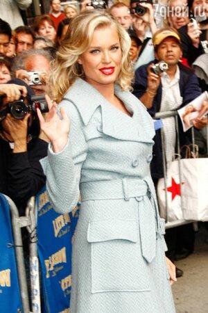 Ребекка Ромейн не раз появлялась на обложках самых известных журналов моды, а также являлась одним из самых популярных «ангелов» Victoria's Secret