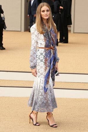 Оливия Палермо в платье из курортной коллекции Burberry Prorsum