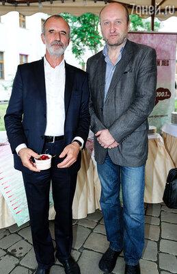Римас Туминас (слева)