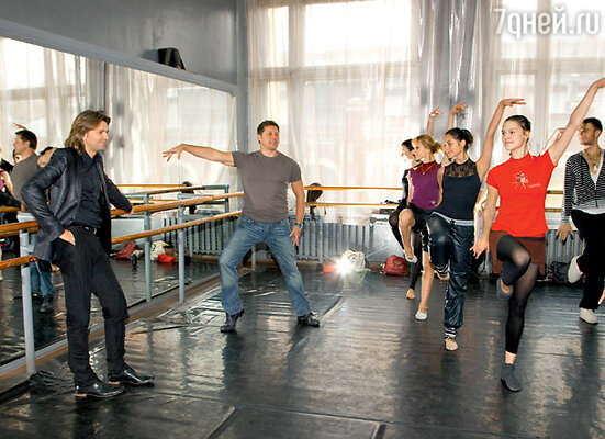 Во время одной из последних перед поездкой во Францию репетиций вместе с Гедиминасом Тарандой и его балетом