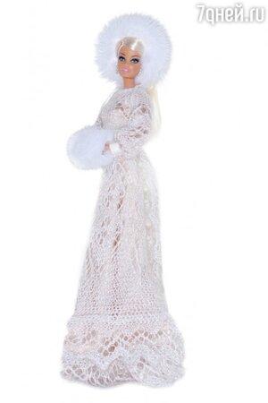 Кукла Барби в наряде от A LA RUSSE