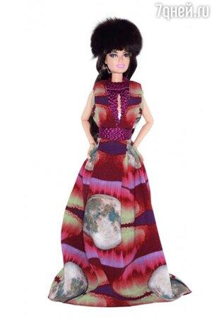 Кукла Барби в наряде от Alena Akhmadullina