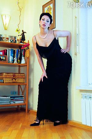 Вечернее платье «Кристиан Диор» Алика надевает по особо торжественным случаям