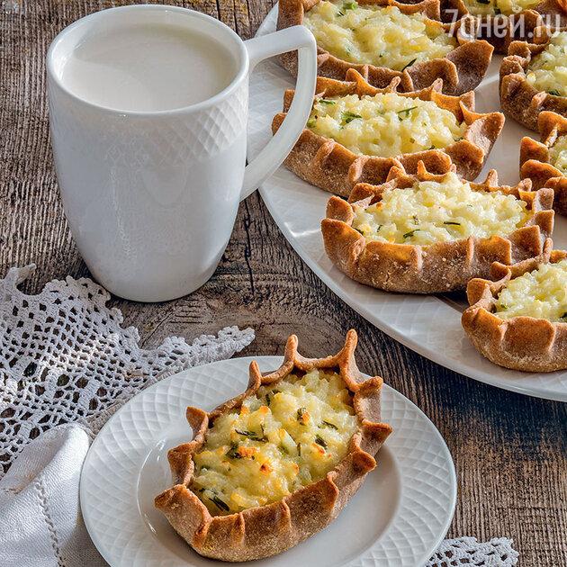 Карельские пирожки с рисом и зеленым луком
