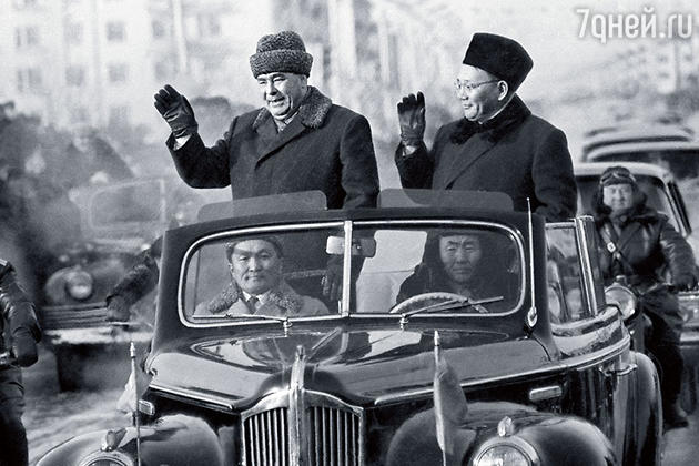 Леонид Брежнев и Южмагийн Цеденбал