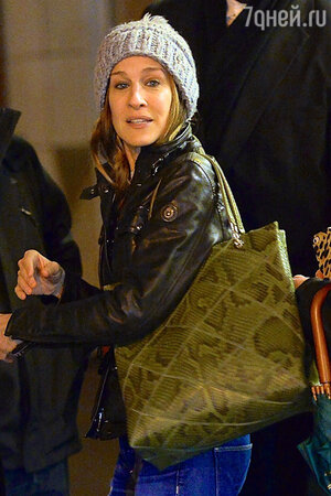 Сара Джессика Паркер (Sarah Jessica Parker) в Нью-Йорке. Январь 2014 г.