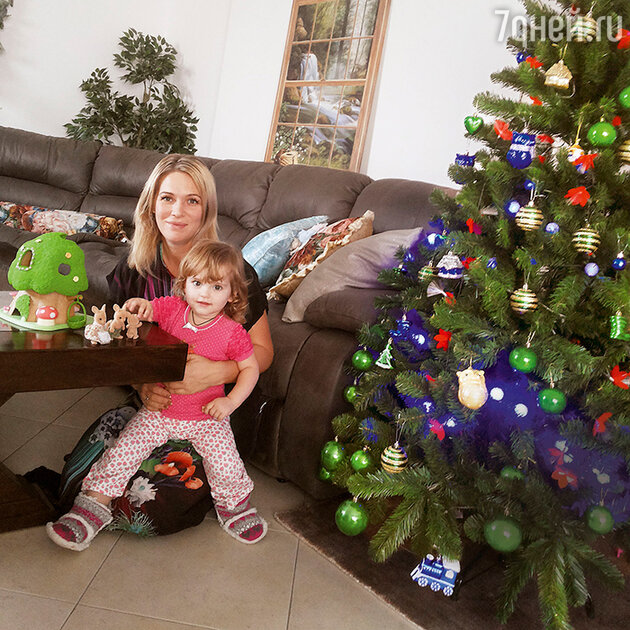 Виктория Макарская с дочерью