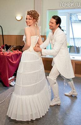 Сергей Лазарев (Фигаро) и Александра Урсуляк (Сюзанна)