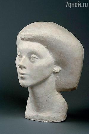 Фото скульптуры «Голова Изабель» работы А. Джакометти, 1936 г.