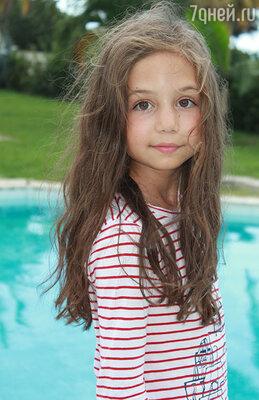 Целый день маленькая актриса проводила в бассейне или океане