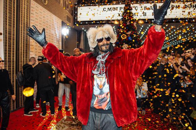 Snoop Dogg прилетел в подмосковный город Мытищи, чтобы заложить именную звезду в ТРЦ «Июнь» 2013