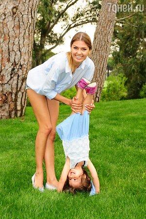 Виктория Боня с дочкой Анджелиной