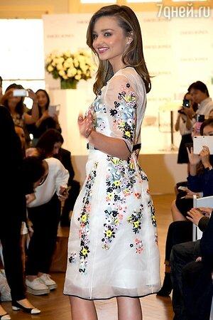 Миранда Керр в платье от Erdem
