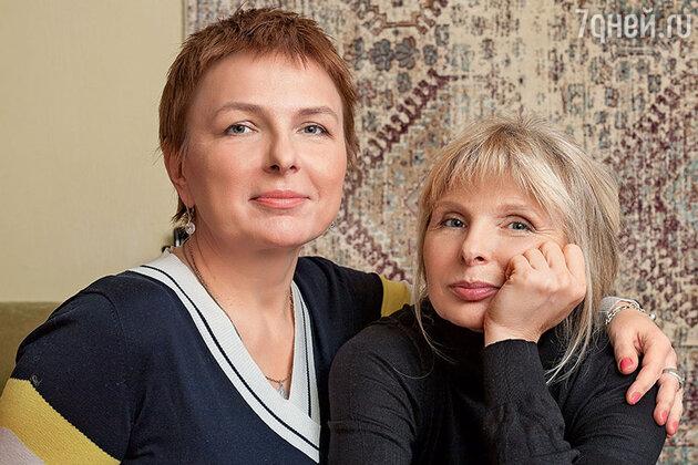 Татьяна Назарова с младшей сестрой Василисой
