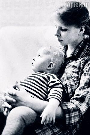 Татьяна Назарова с сыном Ваней