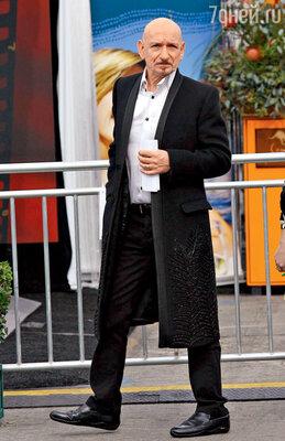 Бен Кингсли сорвал сголовы накладку, чтобы рассмешить актрису Мэри-Кейт Олсен
