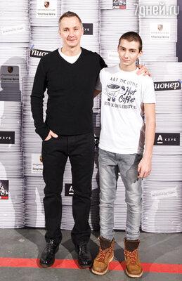 Степан Михалков с сыном