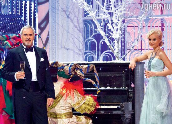 Один из новых творческих дуэтов на шоу — Валерий Меладзе и Полина Гагарина