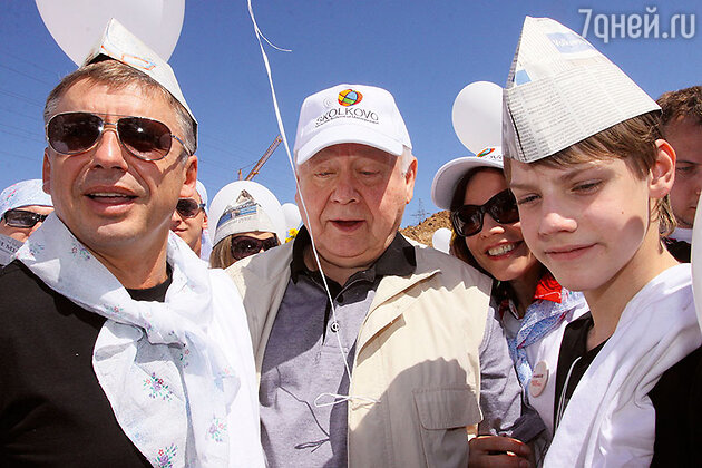 Олег Табаков с сыновьями Антоном и Павлом