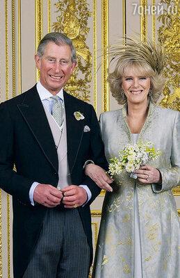 У Чарльза и Камиллы хватило терпения дождаться, пока королева даст согласие наих свадьбу, состоявшуюся в апреле 2005 года