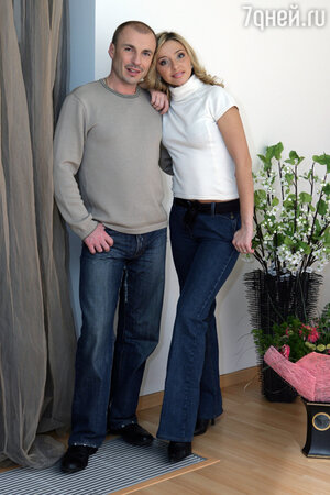 Александр Жулин и Татьяна Навка с дочерью Сашей