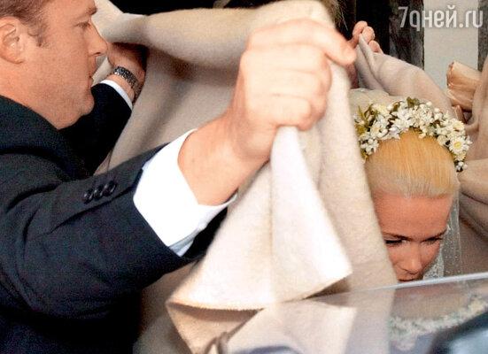 Свадьба Клаудии иМэттью вграфстве Саффолк проходила в строжайшей тайне. 2002 г.