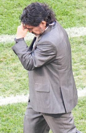 В 2010 году сборная Аргентины, которой руководил Марадона, потерпела унизительное поражение от немцев и досрочно покинула чемпионат мира
