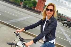 Ведущая «Доброго утра» добирается на работу на велосипеде
