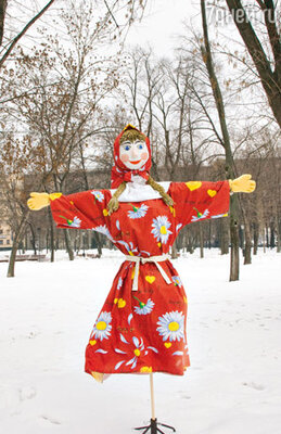 Маслену для семьи Михайловых изготовили художники — друзья Александра Яковлевича