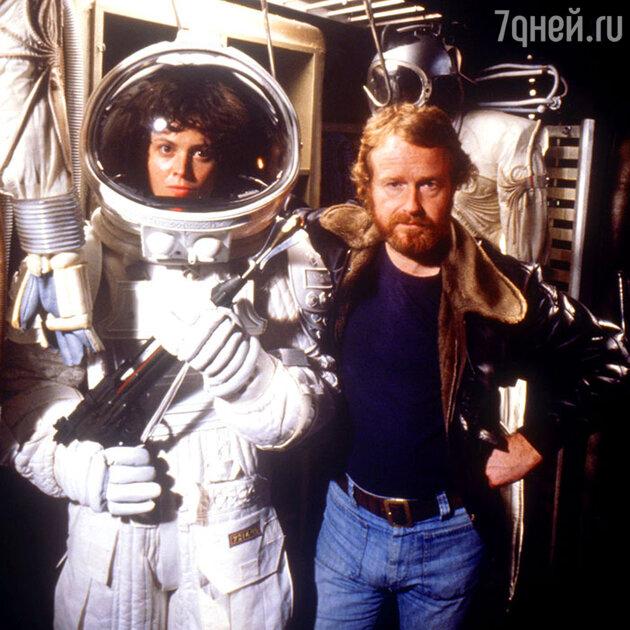 Сигурни Уивер с режиссером Ридли Скоттом на съемках «Чужого». 1979 г.