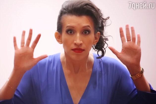 Елена Борщева в клипе «Кастинг»