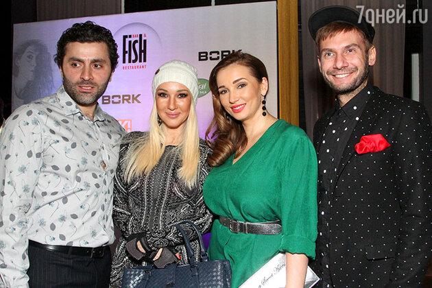 Анфиса Чехова с мужем, Лера Кудрявцева и Андрей Разыграев