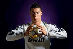 Криштиану Роналду: король футбола и завидный холостяк
