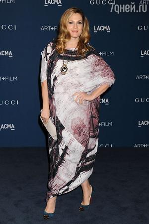 Дрю Берримор в платье от Vivienne Westwood Anglomania, с аксессуарами от Christian Louboutin, LACMA 2013