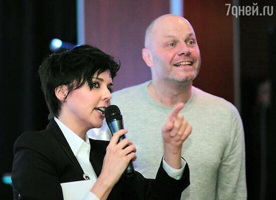Ольга Шелест и Алексей Кортнев на благотворительном аукционе Фонда «Галчонок».