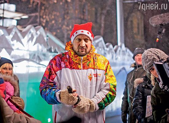 Гошу Куценко нарядили вмодную олимпийскую форму