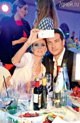 Супруги Александра Савельева и Кирилл Сафонов