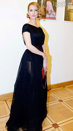 Виктория Исакова  на церемонии вручения премии «Ника»