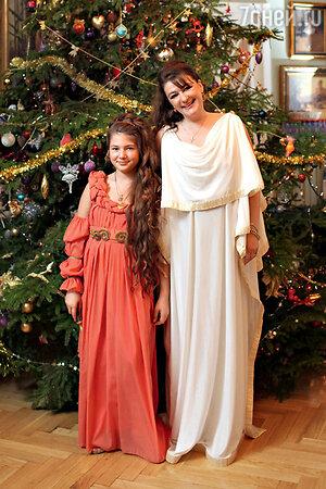Анастасия Мельникова с дочерью Марией